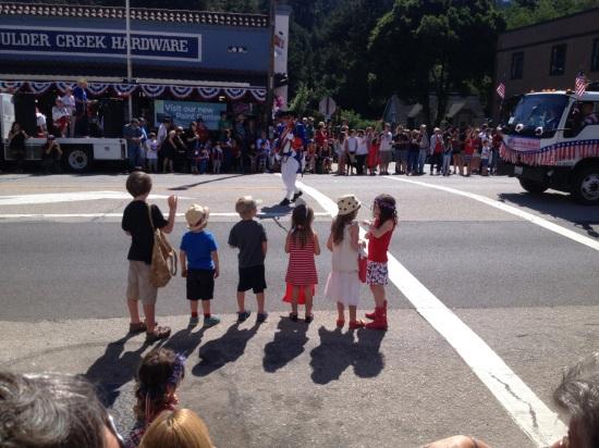 parade in boulder creek 4th