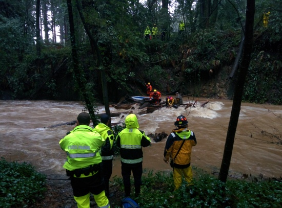 boulder-creek-water-rescue2